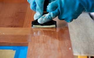 Как убрать полировку со старой мебели?