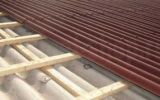 Как укладывать ондулин на крышу?