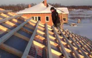 Можно ли перекрывать крышу зимой?